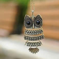 Retro-Owl-Long-Necklace