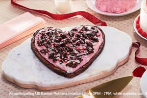FREE Polar Pizza at Baskin-Robbins