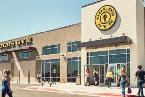 FREE Pass to Gold's Gym